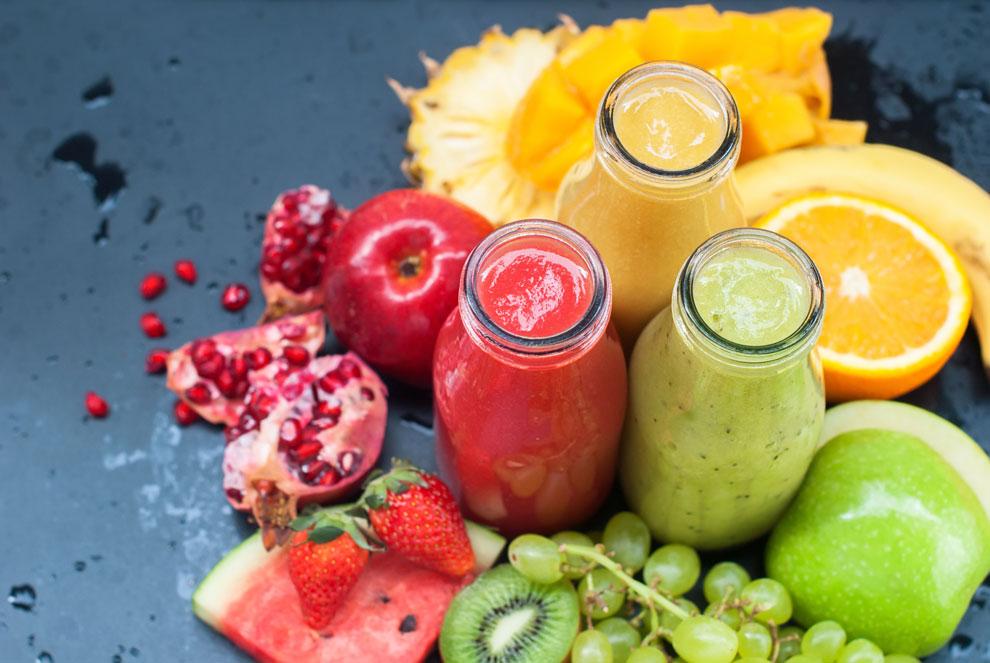 méregtelenítő étrend természetes gyümölcslevekkel)