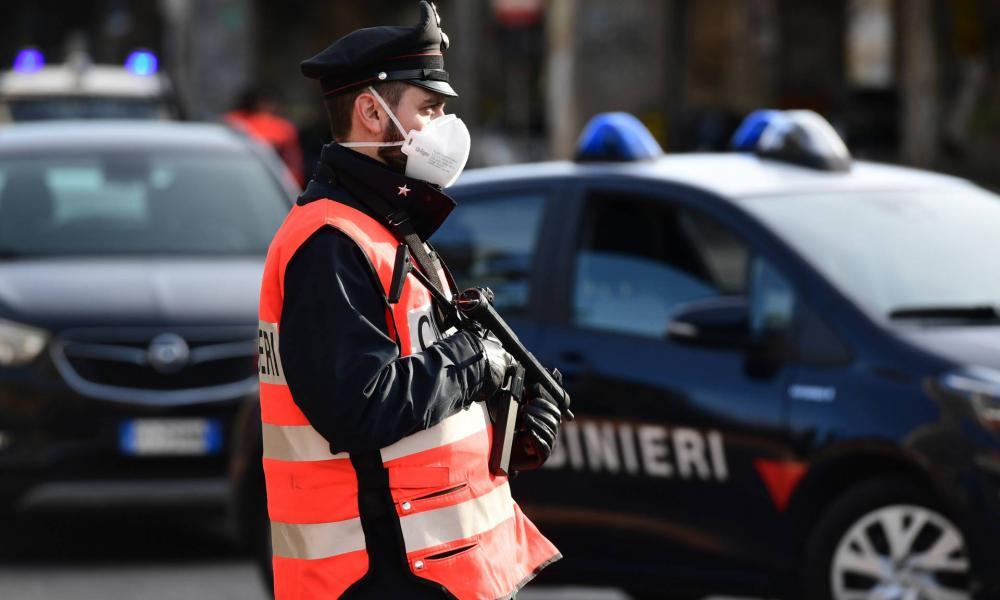 paraziták rendőrdarab