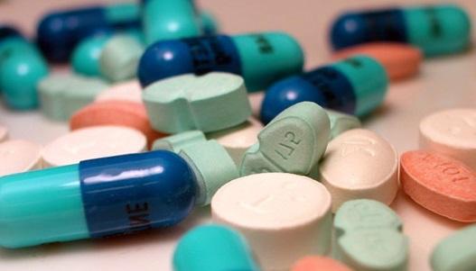 gyógyszerek törése)