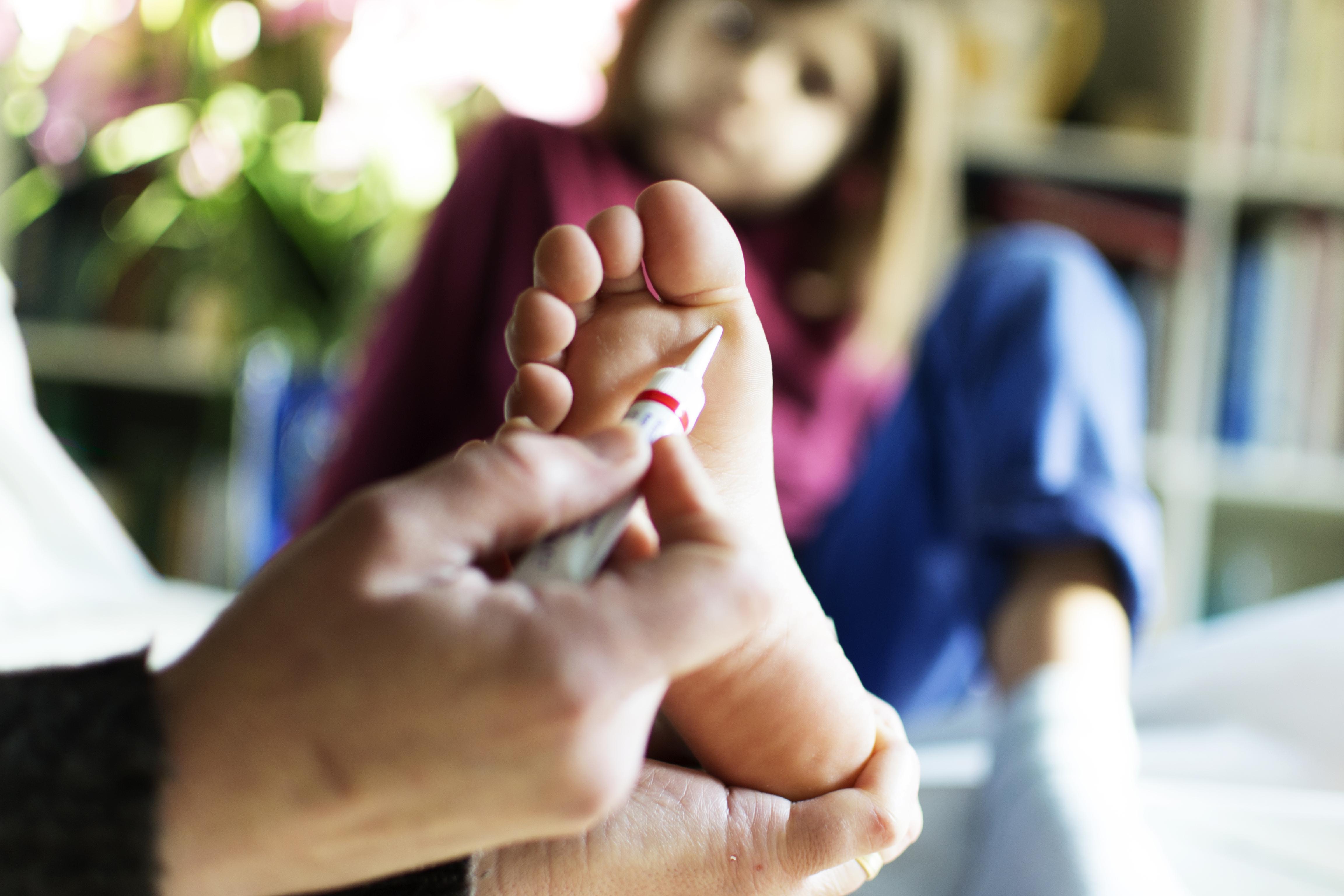 hatékony gyógymódok a nemi szemölcsök kezelésére)